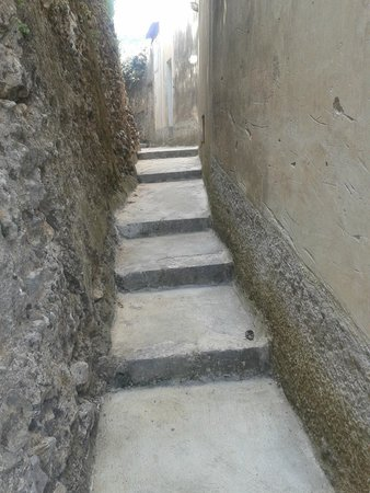 Villa Maria Restaurant : scalinata per minori