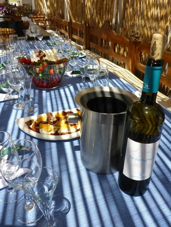 Ano Mera, กรีซ: wine tasting at Mykonos Vioma