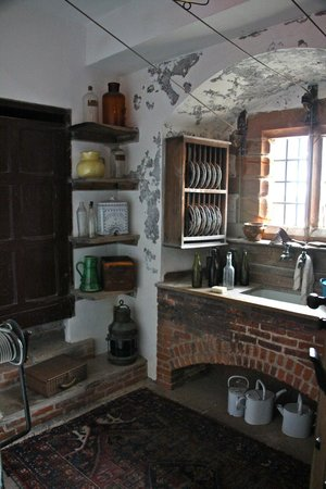 Lindisfarne Castle: Cute pantry