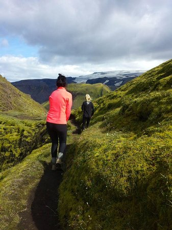 Midgard Adventure : Hike to Ptarmigan Mountain