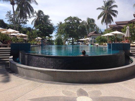 Maehaad Bay Resort: Long huge pool