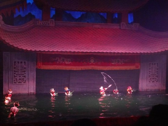 Thang Long Water Puppet Theater : .