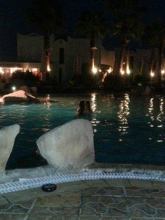 Otium Hotel Golden: Pool at night