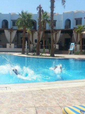 Shores Golden Resort: Relax Pool