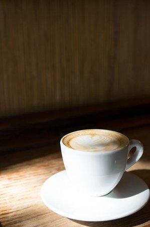 Fuglen: cappuccino