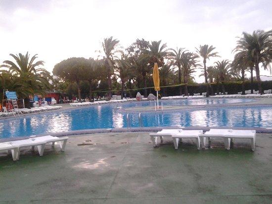 Club MAC Alcudia: has 7 differnt pools