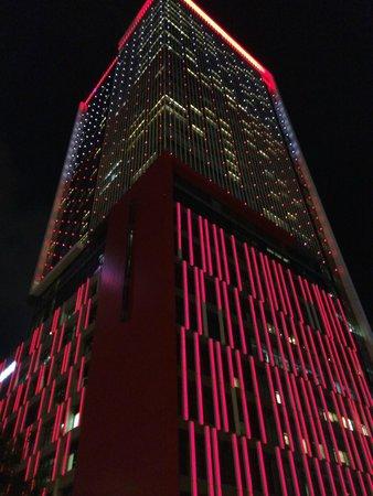 W Taipei: Hotelgebäude