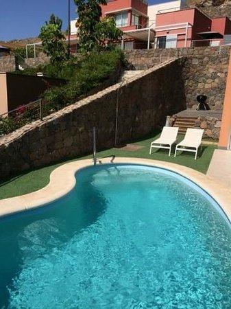 Salobre Golf Villas: Garten- und Poolbereich