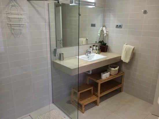 Salobre Golf Villas: Badezimmer