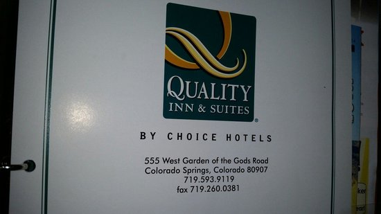 Quality Inn & Suites, Garden of the Gods : Pic of the 3 ring binder in the room.