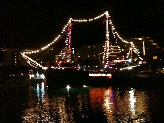 Barco Pirata Jolly Roger Cancún: Lindo passeio