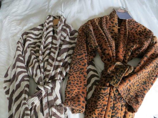 Kimpton Rouge Hotel: Robes