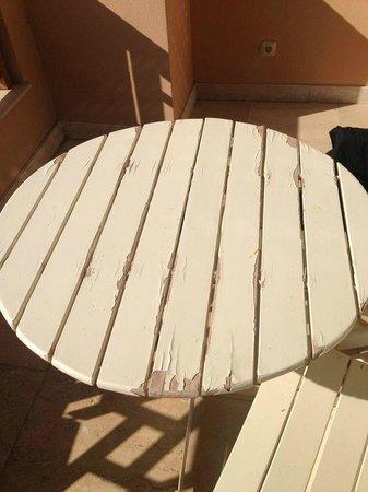 Continental Hotel Hurghada : Balkontisch