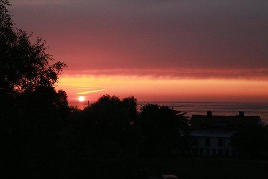 Hotel Strandporten: Sunset view on deck
