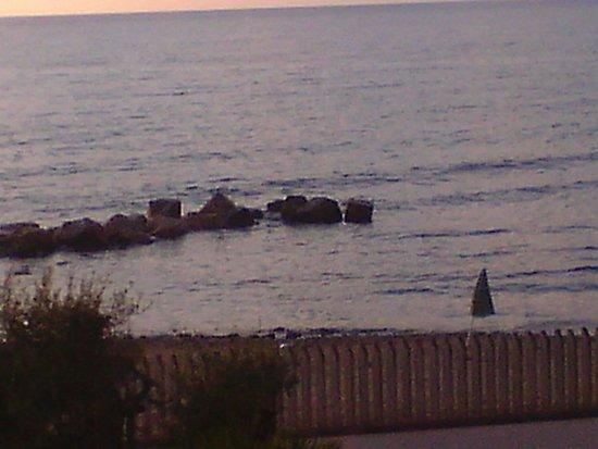 Hotel Mare: Spiaggia davanti l` albergo