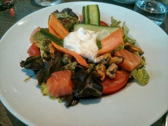 L'endroit - Lyon Vaise: La salade Fjord