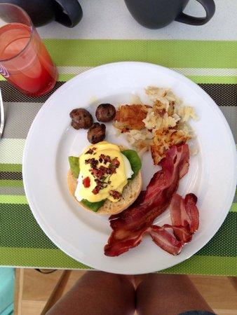 Sheraton Grand Mirage Resort, Gold Coast: Best eggs benedict