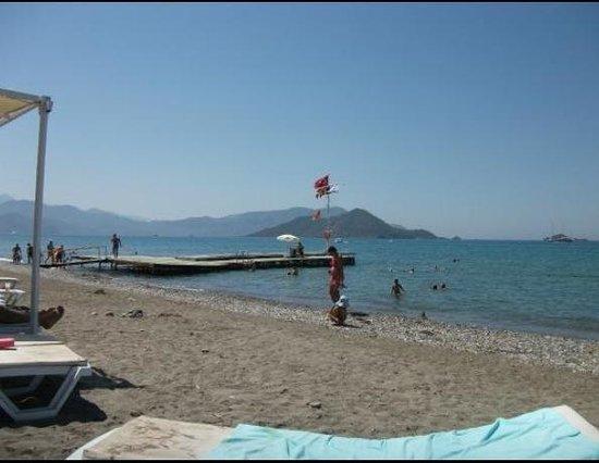 Lykia Botanika Beach & Fun Club: Пляж)