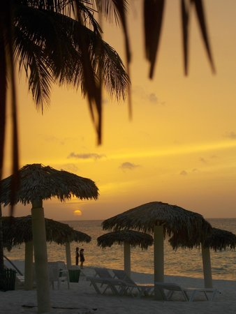 Playa Esmeralda: Stunning sunsets :)