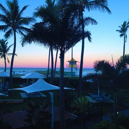 Sheraton Grand Mirage Resort, Gold Coast: Sunset skies from our room window