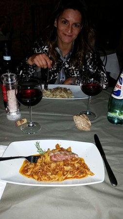 Osteria del Borgo: Tagliatelle al ragù di cinta senese
