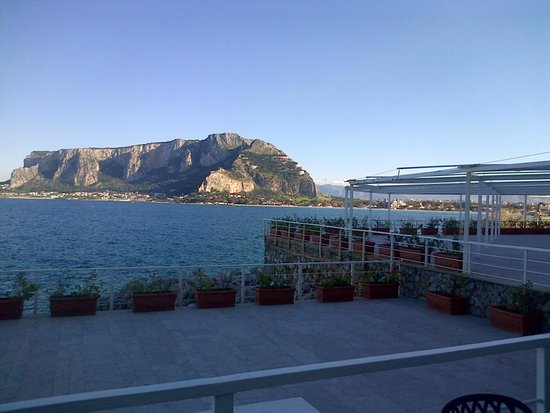 Splendid Hotel La Torre : Vista sulla baia