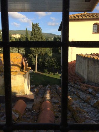 Villa Il Colle: View from a small window in the top suite
