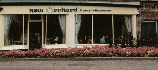 ‪New Orchard Cafe‬