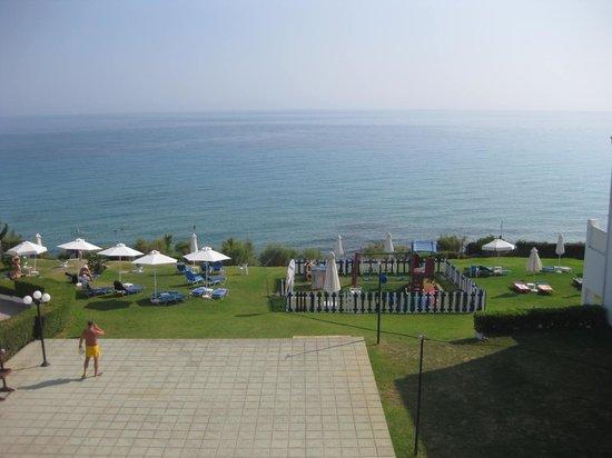 SENTIDO Louis Plagos Beach : View of children's playground