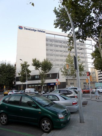 La chambre picture of travelodge barcelona poblenou for Chambre barcelona