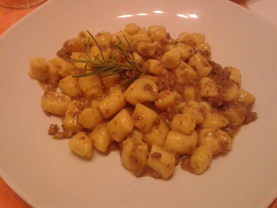 La Cantina del Gusto: Gnocchetti di patate al ragù di cinghiale