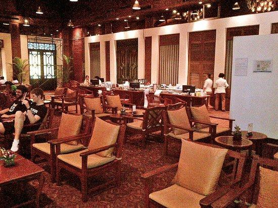 Patong Merlin Hotel : Temporary Lobby