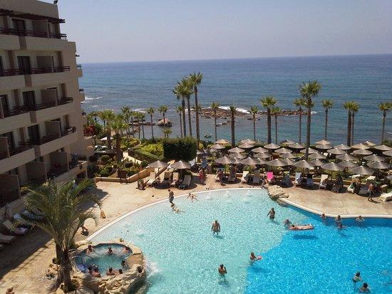 Atlantica Golden Beach Hotel : вид с балкона номера