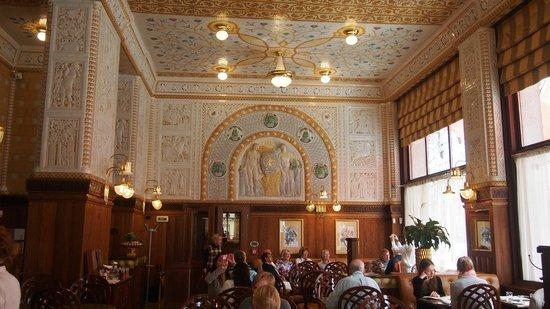 Cafe Imperial: murs et pfofonds