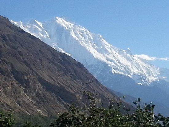 Hunza Valley: The beautiful Rakaposhi