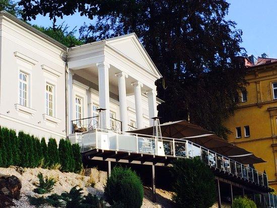 Gourmet Hotel Villa Patriot: Front view