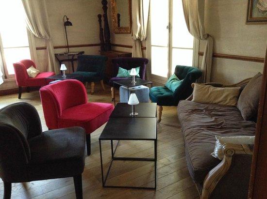 Hostellerie les Frênes : salon