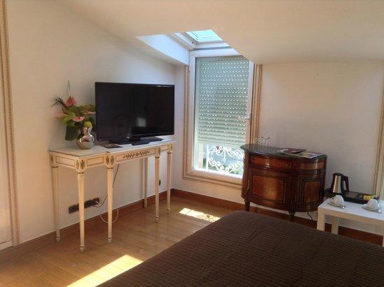 Hostellerie les Frênes : chambre1