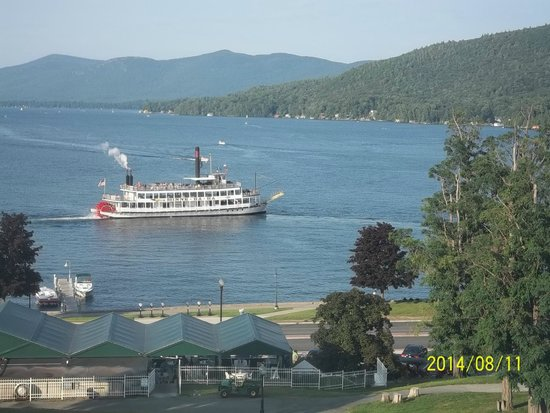 Fort William Henry Hotel and Conference Center: Lake View from 5th floor room