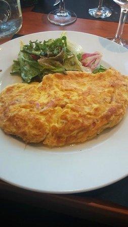 La Rôtisserie: Omelette aux lardons