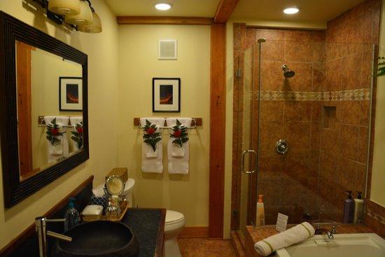 At the Craters Edge: Bathroom in Haiku Garden