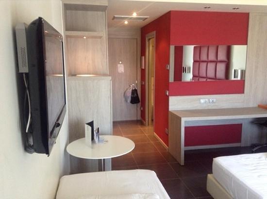 Jazz Hotel : Habitación