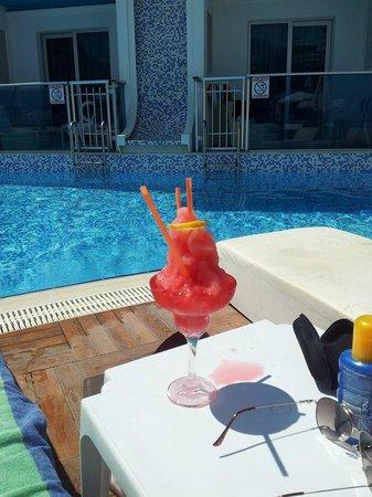 Ocean Blue High Class Hotel: Dejlige coktails