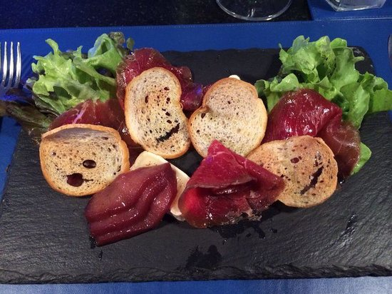 The Blue Mango Bar and Grill: Homemade beef carpaccio