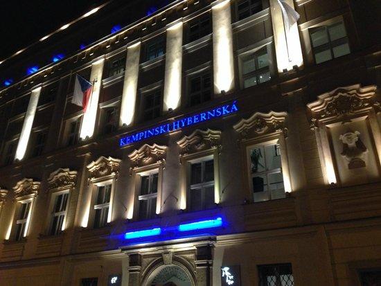 The Grand Mark Prague: Fachada