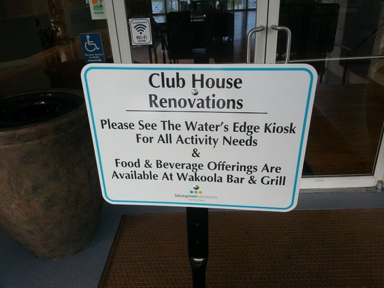 Bluegreen Fountains Resort: Clubhouse Closed