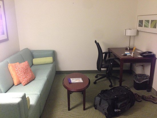 SpringHill Suites Danbury: Small living room area