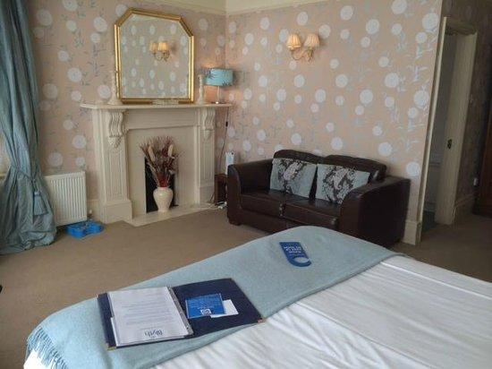 Blyth Hotel: Room