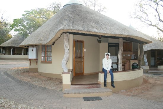 Skukuza Rest Camp: Two bed Rondavaal