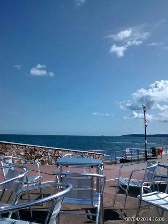 Grand Pier: Prom